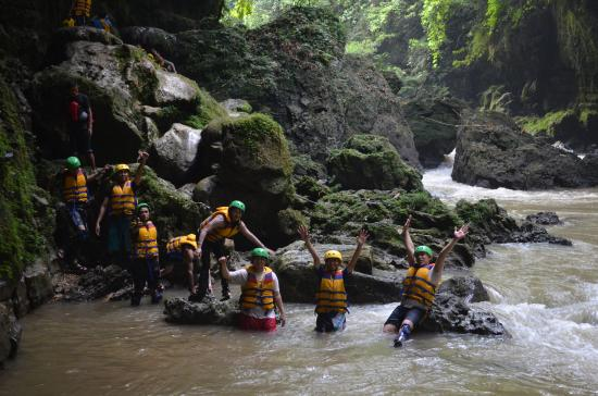 West Java, Indonesia: Body rafting Green Canyon