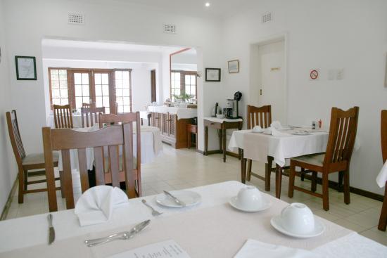 سيلفان جروف جيست هاوس: Dining Area