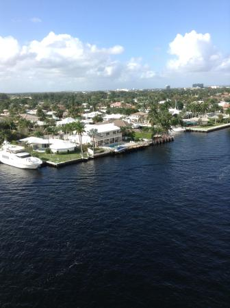 Residence Inn Fort Lauderdale Intracoastal / Il Lugano: Vista do canal