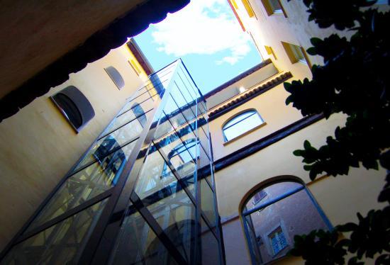 Navona Luxury Apartments: Vista esterna