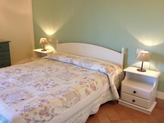Fattoria Abbazia Monte Oliveto: Bedroom