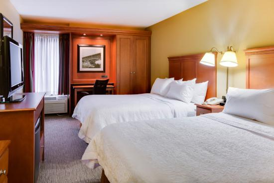 Hampton Inn Pittsburgh Greentree: 2 Queen Beds