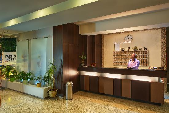 Paritsa Hotel: Reception