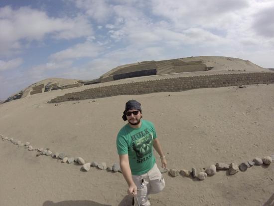 Huacho, Peru: Sitio Arqueológico de Bandurria