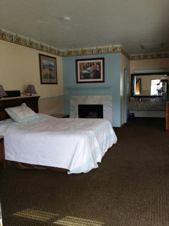 Silver Spruce Motel: 20160125_125840_large.jpg