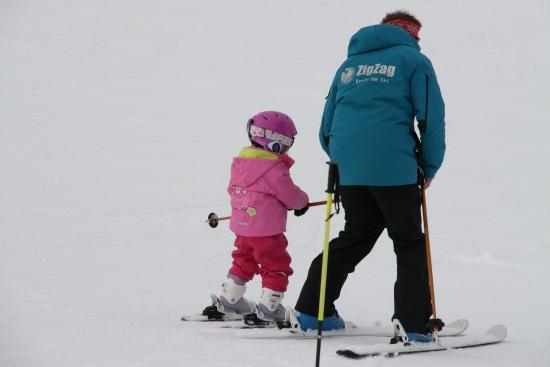 ZigZag Ski School