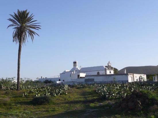 Kirche Santo Gusto - Bild von Iglesia Santo Gusto, Guatiza ...