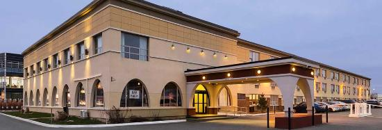 Days Inn & Conference Centre -  Montreal Airport : Welcome to Days Inn Montreal Airport