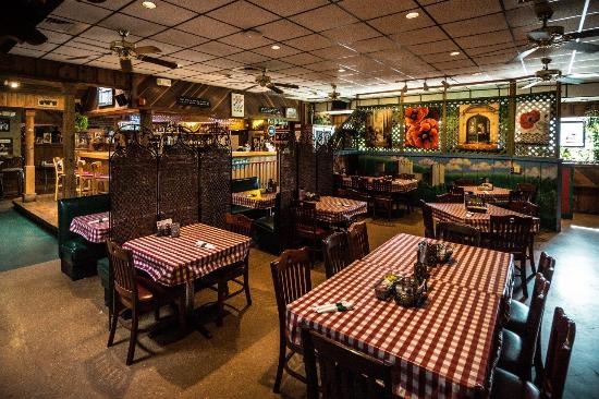 Orlando S Italian Restaurant Dining Room View