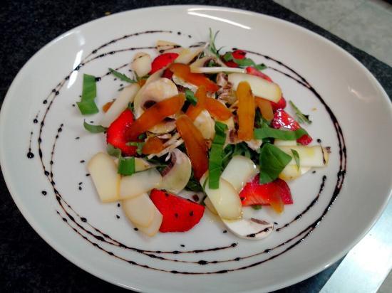 Alcuni piatti da degustare allo charme picture of for Piatti ristorante