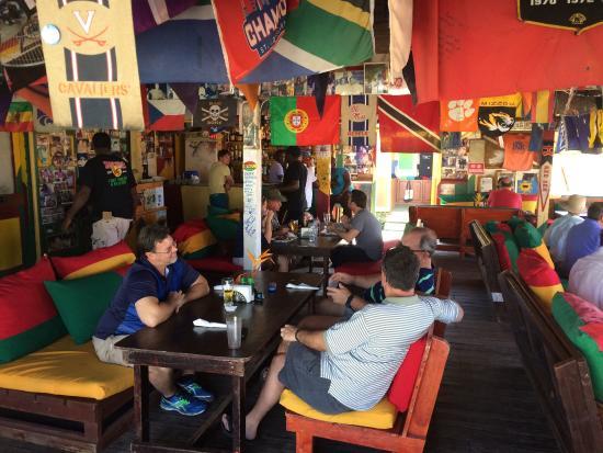 Sunshine's Beach Bar: photo0.jpg