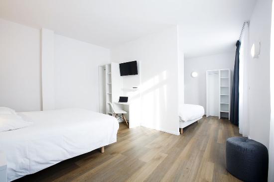 Hotel Calm : Chambre luxe