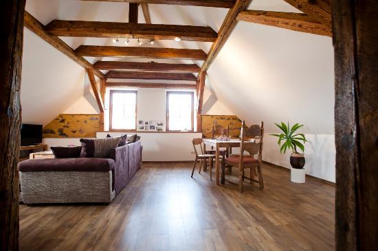 Zimmer Tenne - Pension Alte Schmiede Zabeltitz - Bild von Pension ...