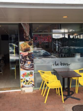 Great food, coffee roasted in the shop, best takeaway in Whangaparaoa.