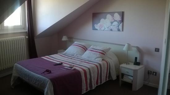 Saint-Leu-d'Esserent, فرنسا: Top floor room