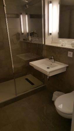 Hôtel balladins Bordeaux Mérignac : 20160125_190223_large.jpg