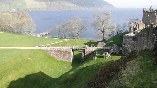 Urquhart Castle張圖片