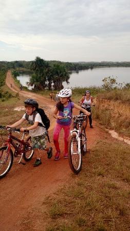 Puerto Lopez, โคลอมเบีย: Ciclopaseos dentro de la reserva
