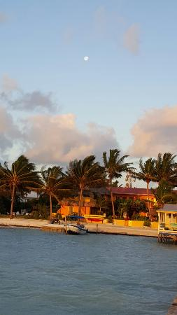 Seaside Cabanas: 20160126_064305_large.jpg