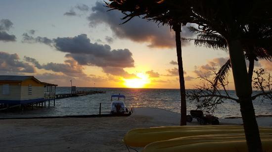 Seaside Cabanas: 20160126_063459_large.jpg