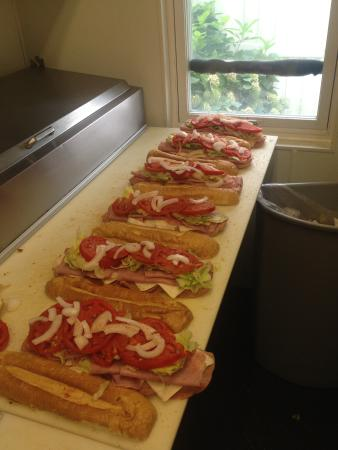 Hummelstown, PA: Town and Country Subs