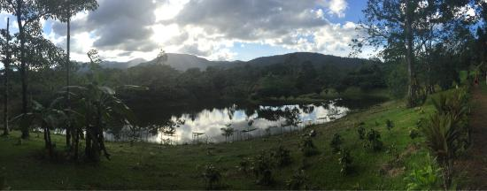 Rincon de La Vieja, Kostaryka: Owners are extremely welcoming & very knowledgable about chocolate. Property is beautiful and su
