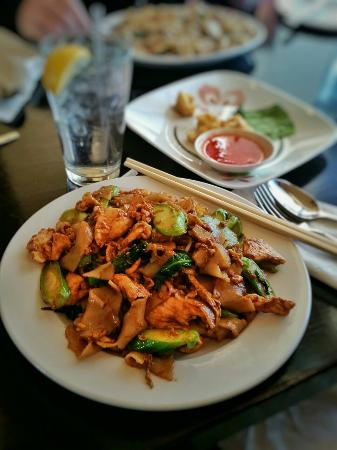 Taste Of Thai Restaurant Harrisonburg