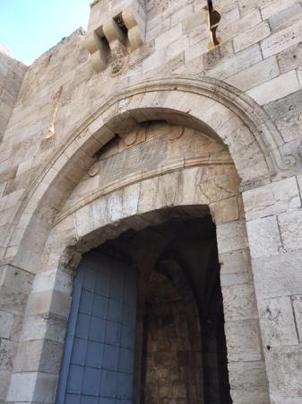 Della Tours Israel