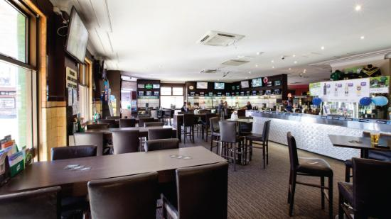 Homebush, Avustralya: Bar