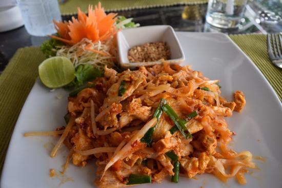 Salt: Chicken Pad Thai - The Best!