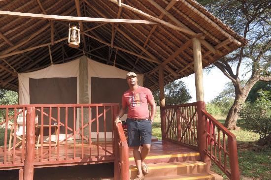 Voyager Ziwani, Tsavo West 이미지