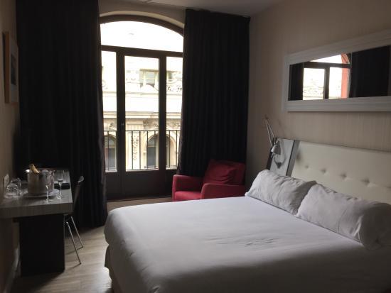photo0 jpg picture of petit palace chueca madrid tripadvisor rh tripadvisor in