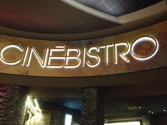 CineBistro at Peninsula Town Center: Is a different kind of concept of dinner and movie :)