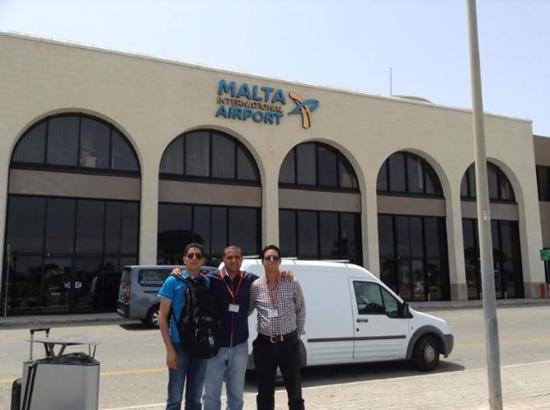 Rokna: Malta airport