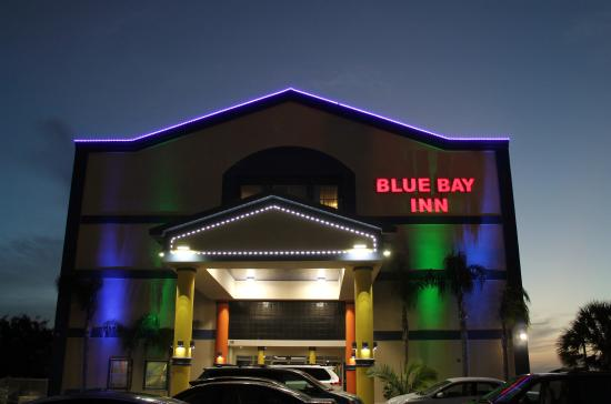 Blue Bay Inn & Suites: outlook