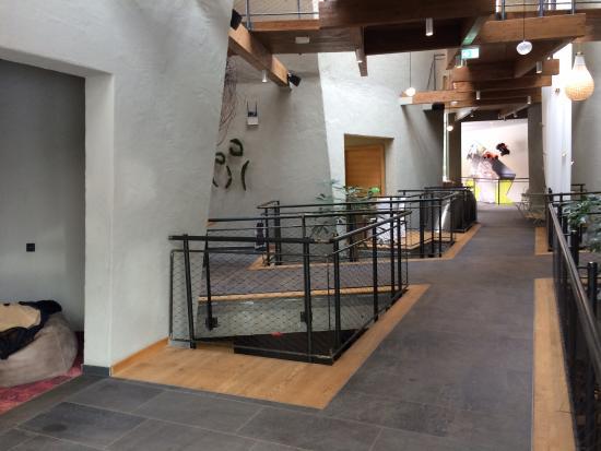 Rimbach, Alemania: Lobby mit Rutsche