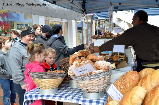 Ballarat, Austrália: Bridge Mall Farmers Market - Fun for all