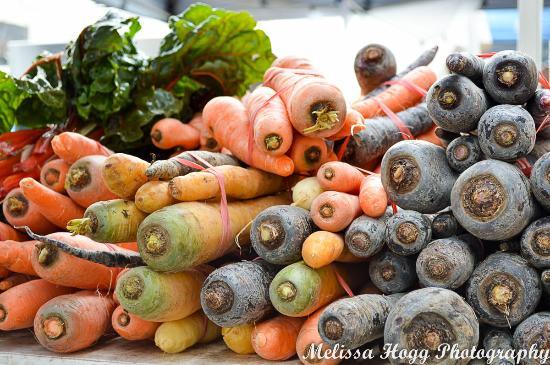 Bridge Mall Farmers Market - Fresh food