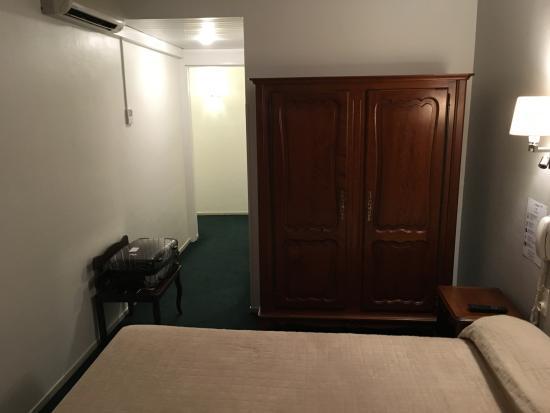 Bristol Hotel Photo