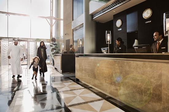 Hyatt Regency Al Kout Mall: Hotel lobby