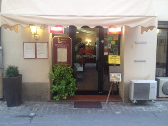 Ristorante Pizzeria LIBERTY: Ingresso ristorante
