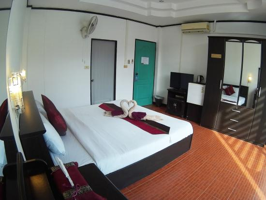 Stanley's Guesthouse: Deluxe Room