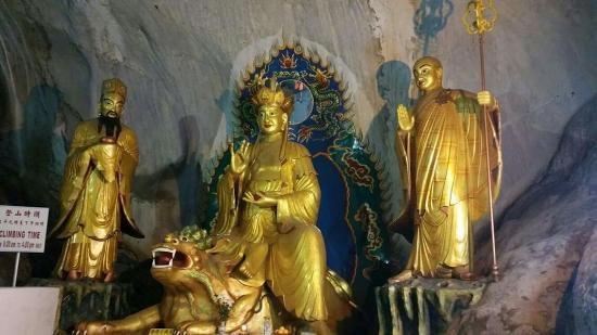 Perak Cave Temple: FB_IMG_1453885494808_large.jpg