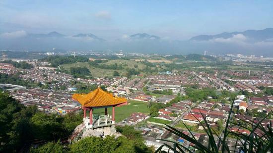 Perak Cave Temple: FB_IMG_1453885536991_large.jpg