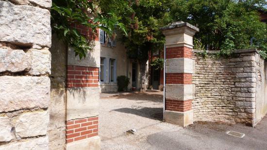 Savigny-lès-Beaune, France : bienvenue