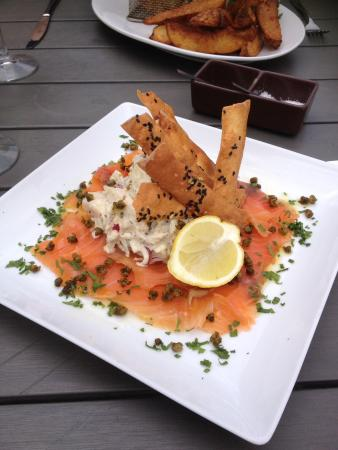 The Deck Cafe Lovedale: Dill cured salmon gravlax
