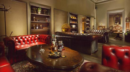 Pardubice, Tjeckien: Cigar club