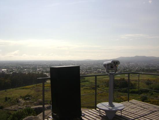 Piedra Movediza: Parque Litico La Movediza