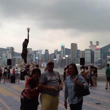 Kowloon West Promenade: More P