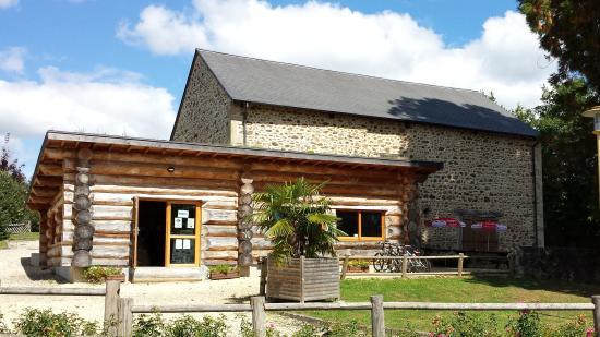 Chamberet, France: la maison de l'arbre